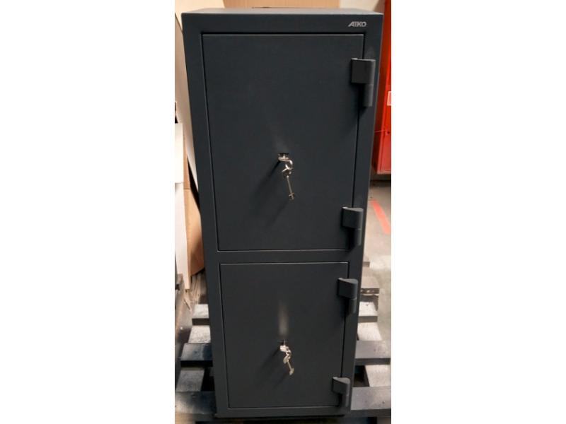 Офисный сейф AMH 223T механический замок 450x395х1250 мм (ДхГхВ)