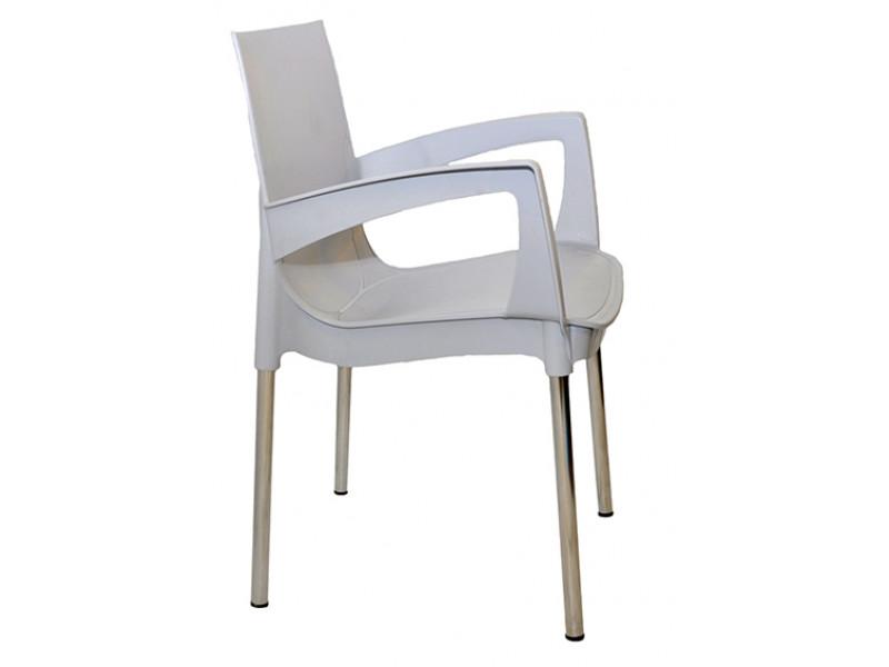 Пластиковый стул Рикко на металлических хромированных ножках